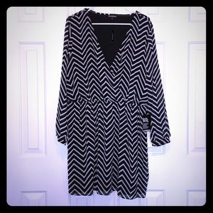 NWT Express Black & White Chevron Dress